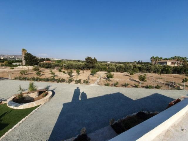 paphos holidays villas